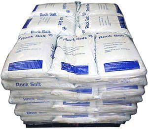 PN1106 White De-Icing Salt in Heavy Duty Bags (approx 25Kgs). Packed 49 x 25Kgs per pallet.